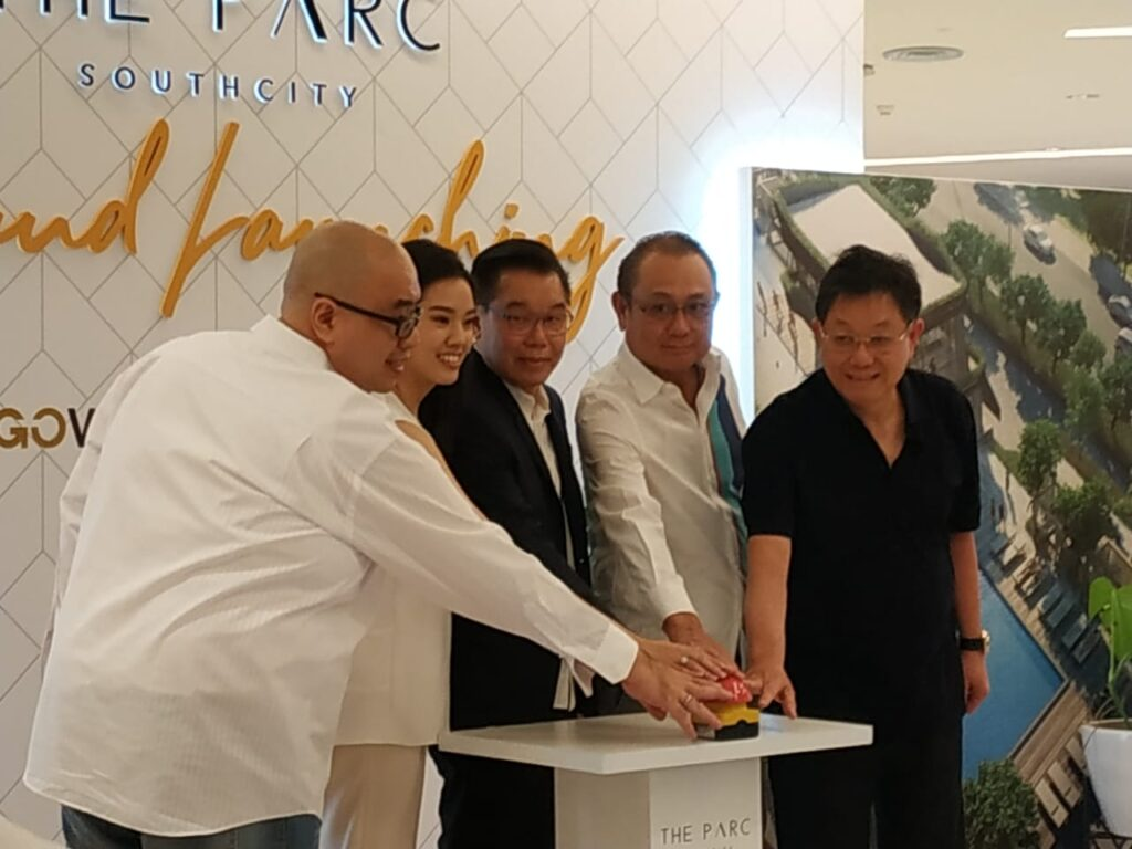 the parc grand launching