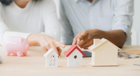 Pasar properti dan biaya properti