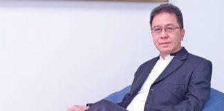 ENDANG KAWIDJAJA Ketua umum HIMPERRA